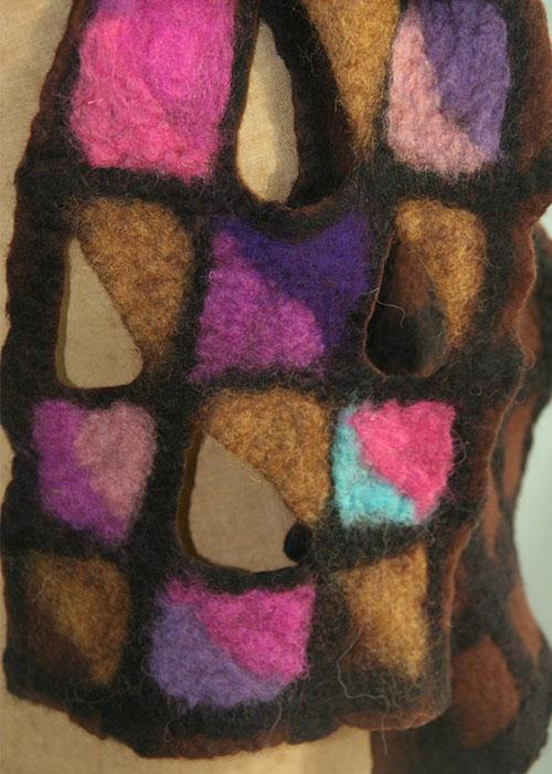 Detail - Vilten sjaal - Merino wol - Kittie Markus